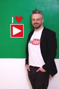 Bodrogi Bozán András - YouTube Szakértő